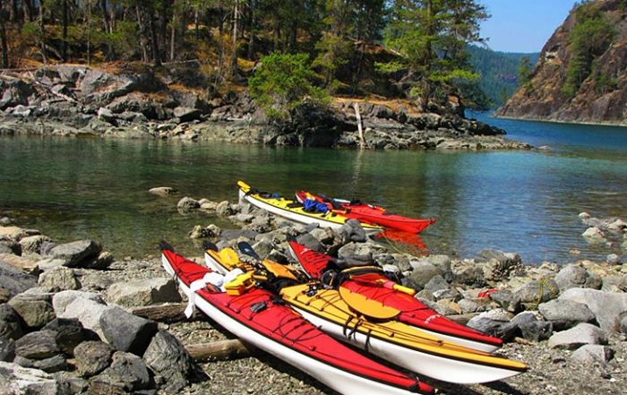 go-with-the-flow-adventures-kayaks-kayaking-recreation-quadra-island-british-columbia