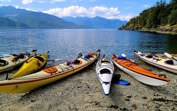 Spirit of the West Adventures kayaking expeditions to Johnstone Strait and Broughton Archipelago, British Columbia, Canada