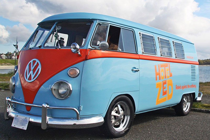 Hotel Zed: The Coolest Downtown Shuttle Buses in Victoria BC: Doris