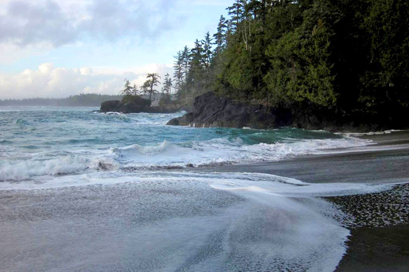 Halfmoon Bay and Florencia Bay: Breathtaking West Coast Beaches in Ucluelet on Vancouver Island, British Columbia